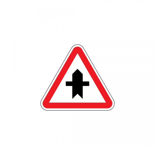 B8 - Cruzamento com via sem prioridade - Sinais de Cedência de Passagem