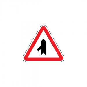 B9C - Entroncamento com via sem prioridade - Sinais de Cedência de Passagem